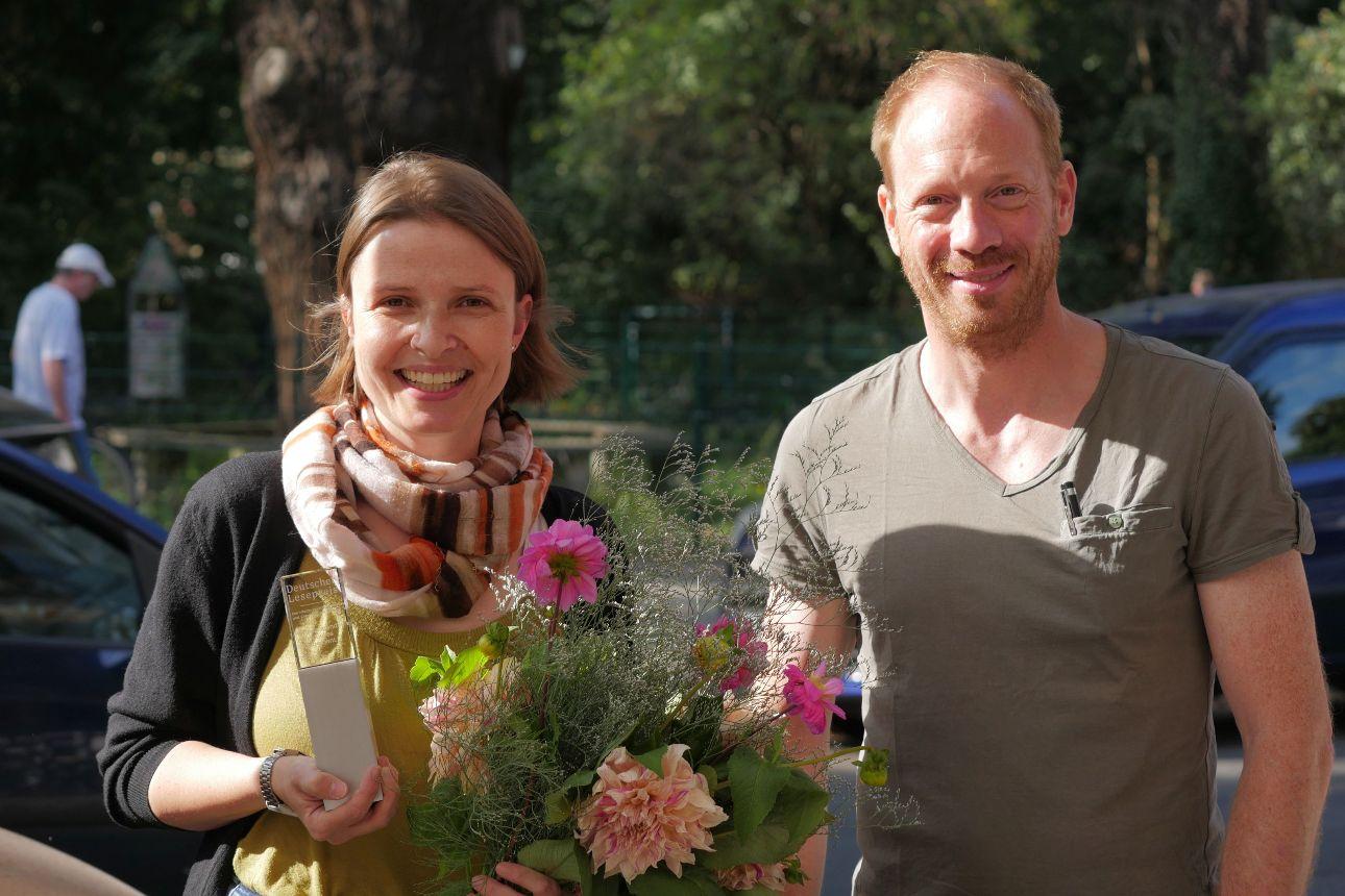 Tanja Kasischke bei Preisverleihung Lespreis